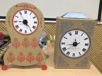 Relojes modelo para taller