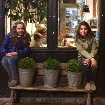 En la puerta de Il Tavolo Verde