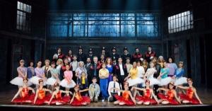 Todo el elenco de Billy Elliot