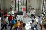 Instructor deesgrima en el Museo Lázaro