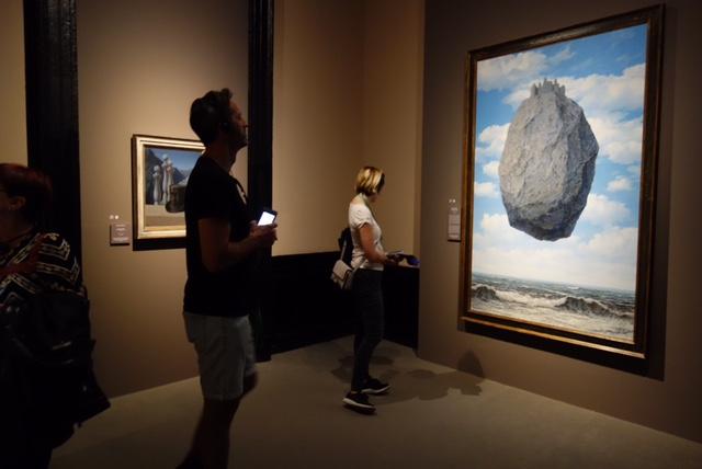 El Castillo de los Pirineos de Magritte