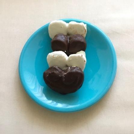 Palmeras de chocolate blanco y de chocolate negro. Levadura Madre. Madrid