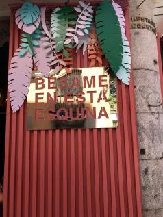 Bésame en esta esquina Barrio de las Letras